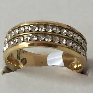 Other - Sz 11 Sz Gold Tone w/ Clear Sapphires- New